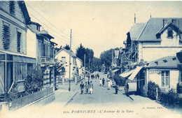 PORNICHET  =  L'avenue De La Gare Vers La Station   80 - Pornichet