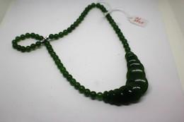 Collana Di Giada Naturale (serpentino New Jade) Lucidata A Mano. Peso Totale 38 Gr. - Arte Orientale