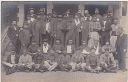 Carte Photo Forges Les Eaux Militaires Sur Perron Hopital Temporaire N°22 1914 - Forges Les Eaux