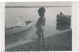 SENEGAL - Carte Photo - Enfant, Bord De Fleuve - Photo Lefèvre, Kaolack - Senegal