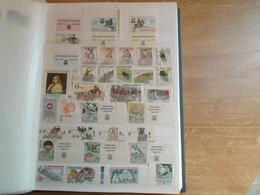 Album I / Collection De Timbres De Tchécoslovaquie / Tchéquie Tous Neuf ** MNH Dont Très Nombreux Blocs,carnet SUPERBE - Collections, Lots & Séries