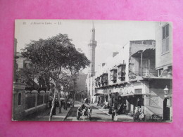 CPA EGYPTE LE CAIRE UNE RUE A STREET IN CAIRO - Cairo