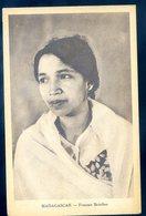 Cpa De Madagascar  Femme Betsileo     GX30 - Madagascar