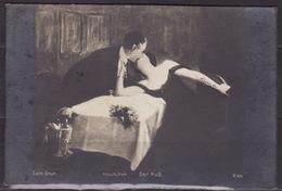 ANTIQUE, POSTCARD, LOVE, COUPLE, SCENE, ROMANTIC, LANDSCAPE, FLOWERS, CIRCULATED POSTCARD 1922 - Couples
