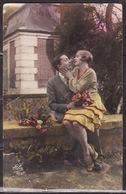ANTIQUE, POSTCARD, LOVE, COUPLE, SCENE, ROMANTIC, LANDSCAPE, FLOWERS, CIRCULATED POSTCARD 1940 - Couples