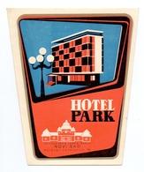 Luggage Label Hotel PARK Novi Sad Serbia Yugoslavia - Etiketten Van Hotels