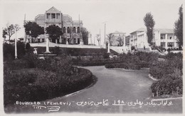 TEHERAM. BOULEVARD (PEHLEVI. FOTO TARVINI. IRAN. CIRCA 1930s- RARISIME VUE-TBE BLEUP - Iran
