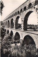 Ponts Ouvrages D'Art Viaduc Le Pont Du Gard Aqueduc Romain - Bridges