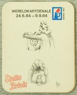 Sous-bock STELLA ARTOIS Wereldkartoenale 1984 Femme Emoji Smiley Seins Bierdeckel Beermat Bierviltje (CX) - Sous-bocks