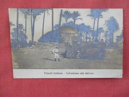 RPPC   Tripoli  Italiana  Has Stamp & Cancel     Ref. 3079 - Militaria