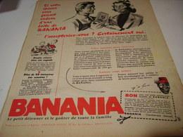 ANCIENNE PUBLICITE CADEAU DE VOTRE EPICIER BANANIA  1958 - Affiches