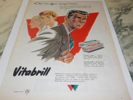 ANCIENNE PUBLICITE COIFFURE CHANGE L HOMME CHEVEUX VITAPOINTE DE VITABRILL  1958 - Other