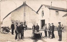 ¤¤   -   Carte-Photo Non Située   -  Sapeurs-Pompiers En Manoeuvre  -  Caserne  -  ¤¤ - Sapeurs-Pompiers