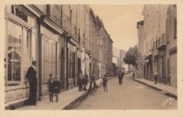 CPA - Bessèges - Rue De La République - Bessèges