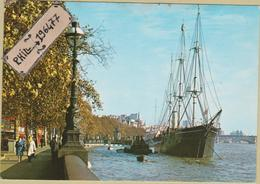 """London - Cpm / The """"Discovery"""". - River Thames"""