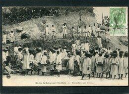 CPA - Mission De Madagascar (Betsiléo) - Normaliens Aux Travaux, Très Animé - Madagascar