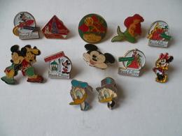 DISNEY    LOT DE 12 PIN'S - Disney