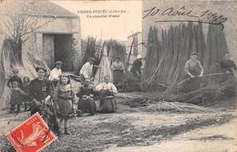 ¤¤  -  LA CHAPELLE-BASSE-MER   -  PIERRE-PERCEE   -  Un Chantier D'Osier  -  Tressage , Culture  -  ¤¤ - La Chapelle Basse-Mer