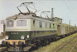 Transports - Chemins De Fer - Pologne Gare De Varsovie - Locomotive électrique Diesel - Ligne Varsovie-Berlin - Stations - Met Treinen