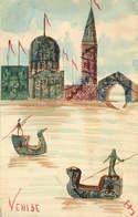 CARTE POSTALE FAIT MAIN TIMBRES COLLES VENISE Italie - Timbres (représentations)
