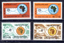 2.12.1971;; 10e Anniversaire L'Union Postale Aifricaine; YT 413 - 416, Neuf **, Lot 50615 - Libye