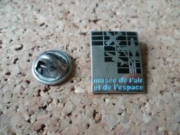 PIN'S  MUSEE DE L'AIR ET DE L'ESPACE - Space