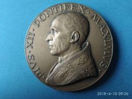 MEDAGLIE PAPALI Pio 12° Pontefice Massimo 1958 - Italy