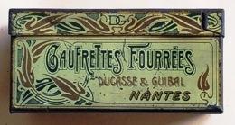 Boite Echantillon Gaufrettes Fourrées Ducasse & Guibal Nantes 9,5x4x4,5 Cm - Boxes