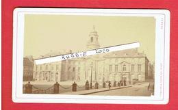 RENNES ILLE ET VILAINE L HOTEL DE VILLE VERS 1870 1880 PHOTOGRAPHE FOULON ET FONTAINE 20 FAUBOURG DE NANTES PHOTOGRAPHIE - Lieux