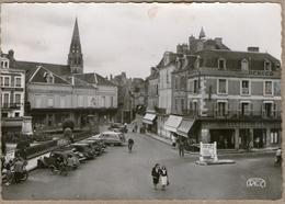 36 / ARGENTON S/ CREUSE -  Place De La République (années 40-50) - Francia