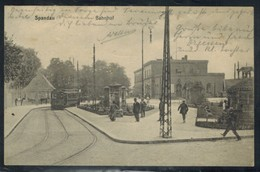 Ansichtskarte Berlin Spandau Bahnhof Straßenbahn - Chemins De Fer