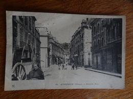 CPA 23 Aubusson, Grand Rue, Mauvais état - Aubusson