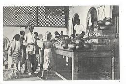 ADEN  -   YEMEN  -  Native Fruit Vendor   -  L 1 - Yémen