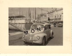 AUTOMOBILE VOITURE RENAULT 4CV PORT DE SAINT TROPEZ 1956 - PHOTO 10,5x8 Cms - Automobili