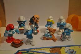 Les Schtroumpfs  Série 2010  8 Figurines Et 4 Bpz - Dessins Animés