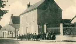 45 - Allainville : La Mairie - Les Ecoles - Autres Communes