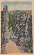 South Dakota Black Hills Sentinel Rock Needles Highway 1947 Curteich - Etats-Unis