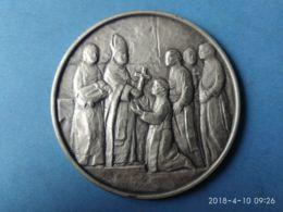 MEDAGLIE PAPALI Congregazione Missionari Scalabrini 100 Anni 1887/1987 - Italy