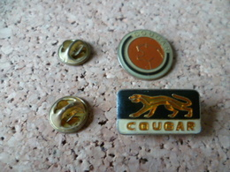 DEUX PIN'S  COUGAR - Animaux