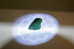 204 - Smeraldo Grezzo - Ct. 13.75 - Certificato GGL N. 17399 - Emerald