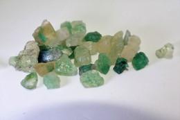 Smeraldo Grezzo - Ct. 81.00 - (+ Di 30 Pezzi) - Smeraldo