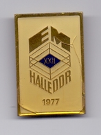 Damaged Pin Badge European Championship HALLE DDR Germany Deutschland - Kleding, Souvenirs & Andere