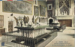 30552. Postal DIJON (Côte D'Or) Borgoña. Musée , Tombeau Ducs De La Borgogne - Dijon