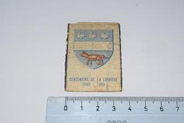 Blason Centenaire De La Louvière 1869 - 1969 - Matchbox Labels
