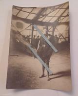 1917 GUYNEMER Devant Un SPAD Escadrille Des Cigognes Hangar Bessonneau Chasse Aviation 14-18 WW1 Poilu Tranchee 1WK - War, Military