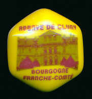 Fève : ABBAYE DE CLUNY, Bourgogne, Franche-Comté, Artfun, 13 Régions De France (2 Scans) - Regions