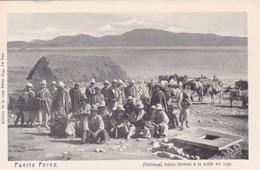 PUERTO PEREZ. CHILILAYA. INDIOS FLETEROS A LA ORILLA DEL LAGO. CASA PALZA HNOS-TBE. CIRCA 1890-RARISIME- BLEUP - Bolivie