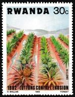 Timbre-poste Gommé Neuf** - Plantation D'ananas Pineapple Plantation - N° 1100 (Yvert) - République Rwandaise 1983 - Rwanda
