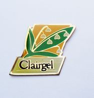 Pin's  CLAIRGEL Brin De Muguet  - A18 - Pin's
