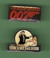 JAMES BOND 007  *** Lot De 2 Pin's Differents *** 0088 - Films